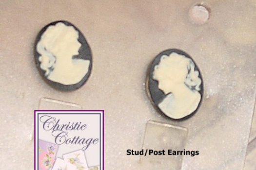 Pierced Cameo earrings, studs