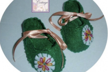 Green with felt embroidered embellishments